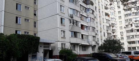 Объявление №50126068: Продаю 1 комн. квартиру. Москва, ул. Кутузова, 2,