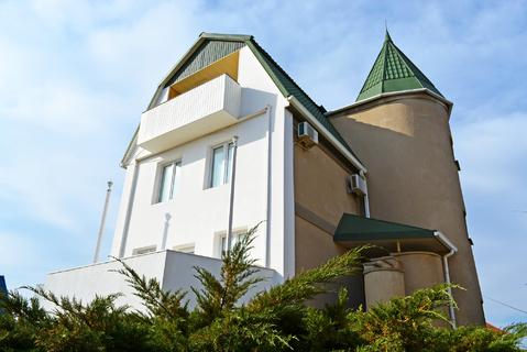 Классический загородный дом в курортном пригороде Евпатории - Фото 1