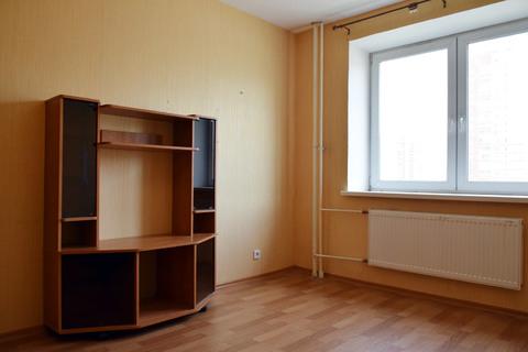 Сдаётся однокомнатная В новом доме, 15 мин.пешком от метро большевиков - Фото 2