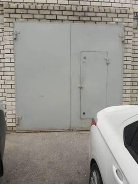 Продаю гараж 23,5 кв.м. на пл. Свободы, 3б - Фото 1