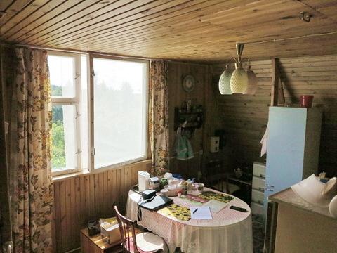 Дом 100 кв.м. из бревна. Печное отопление. Вода в доме. Сад 7 соток. - Фото 4