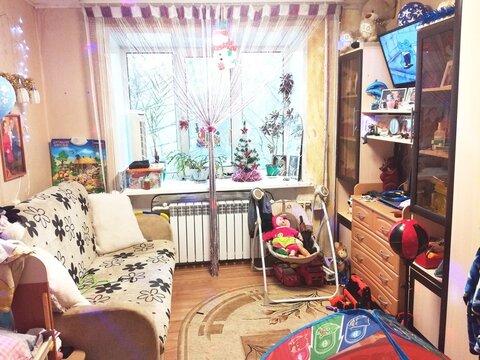 Уютная комната в самом центре города, Купить квартиру в Ярославле по недорогой цене, ID объекта - 323350331 - Фото 1