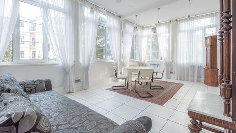 Продается квартира в доме – памятнике архитектуры в центре Ялты - Фото 2