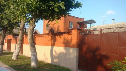 "Дом в районе ТЦ ""Мармелад"" на большом участке - Фото 1"
