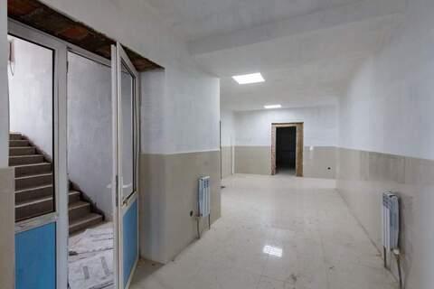 Торговое помещение в аренду 1000 кв.м, Хабаровск - Фото 1