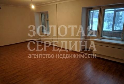 Продается 4 - комнатная квартира. Старый Оскол, Восточный м-н - Фото 2