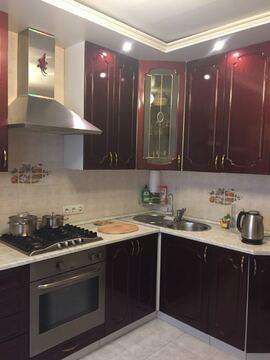 2-х комн. квартира 48м на 1/9п дома в п. Загорянский на ул. Ватутина - Фото 1