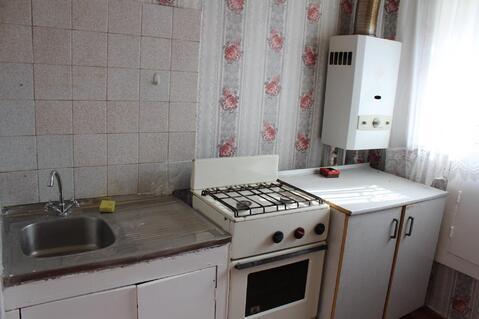 1-комнатная квартира (Гостинка) ул. Сергея Лазо, д. 4 - Фото 1