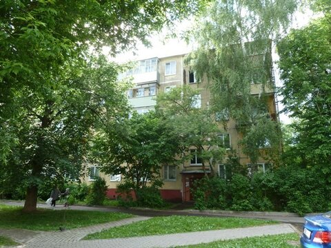 Продается 2 комнатная квартира с раздельными комнатами в центре Коломн - Фото 1