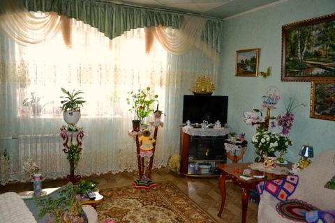 Продаю квартиру по ул. 8 микрорайон 1/2 - Фото 1