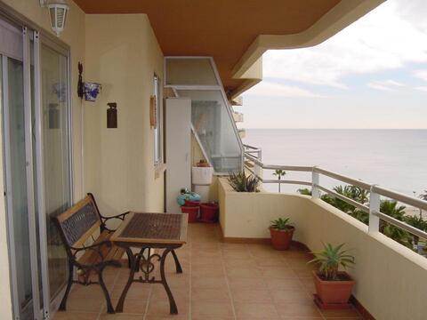 Трехкомнатные апартаменты на набережной города Кальпе - Фото 3