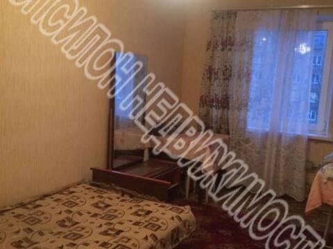 Продажа двухкомнатной квартиры на улице Серегина, 21 в Курске, Купить квартиру в Курске по недорогой цене, ID объекта - 320006494 - Фото 1