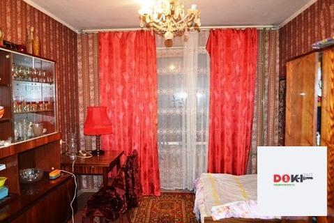 Аренда комнаты в трехкомнатной квартире - Фото 1