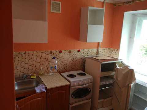 Продам 1-комнатную, ул.Карташова - Фото 2