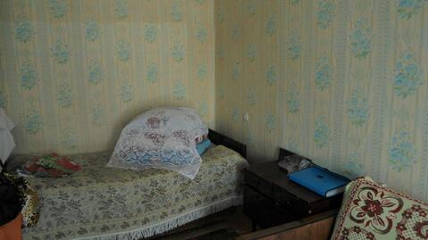Продается однокомнатная квартира в пгт.Балакирево Александровского р-н - Фото 1