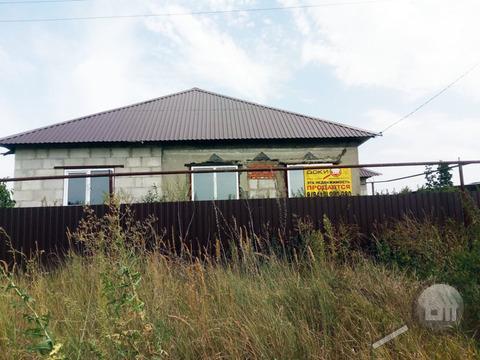 Продается дом с земельным участком, Бесс. р-н, с. Лопуховка, ул.Завядя - Фото 1