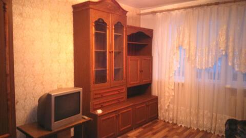 1-комнатная квартира на проспекте Строителей, 46б - Фото 1