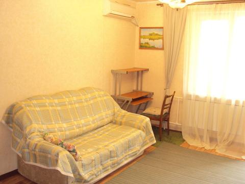 Квартира, ул. Бажова, д.161 - Фото 1