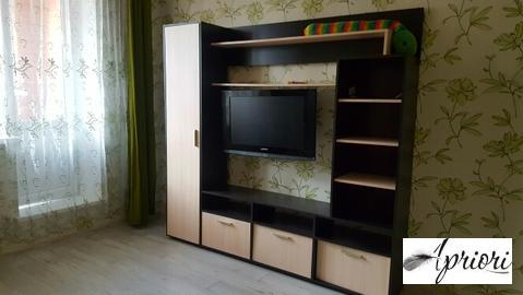 Сдается 1 комнатная квартира п. Свердловский ул. Строителей д.12. - Фото 1