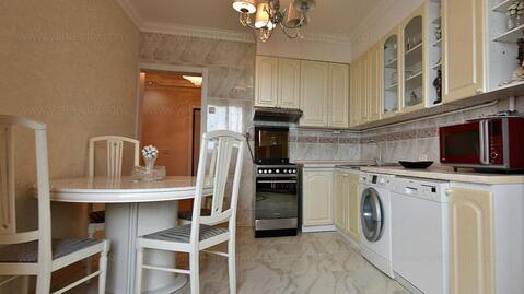 Продажа трехкомнатной квартиры с полным оснащением - Фото 1