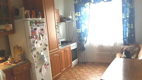 Квартира в хорошем состоянии, Купить квартиру в Великом Новгороде по недорогой цене, ID объекта - 317851357 - Фото 1