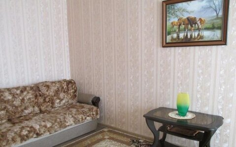 Продается двухкомнатная квартира на ул. Болотникова, Купить квартиру в Калуге по недорогой цене, ID объекта - 316211293 - Фото 1
