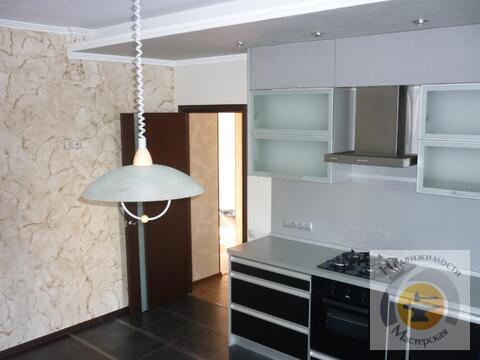 Продается элитная квартира сталинка в центре города две комнаты - Фото 1
