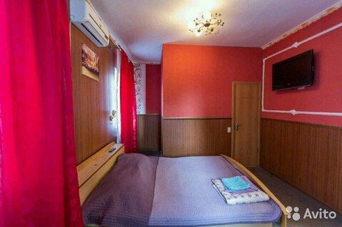 Комната 18 м в 3-к, 1/3 эт. - Фото 1