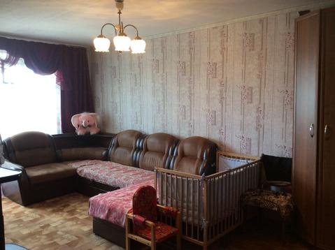 Продается трехкомнатная квартира в Калининском районе. - Фото 1