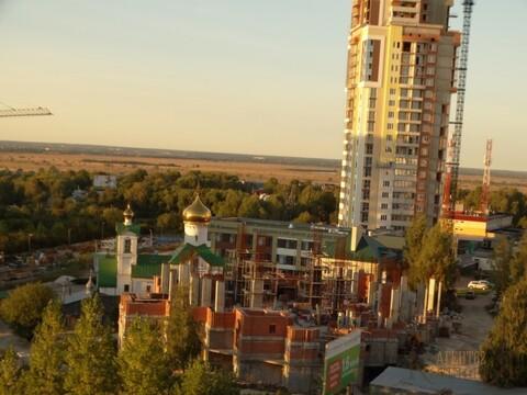 Продам 4-комн. квартиру вторичного фонда в Октябрьском р-не - Фото 1