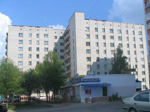 Продаю комнату 18 кв.м. в сзр, Купить комнату в квартире Чебоксар недорого, ID объекта - 700781246 - Фото 1