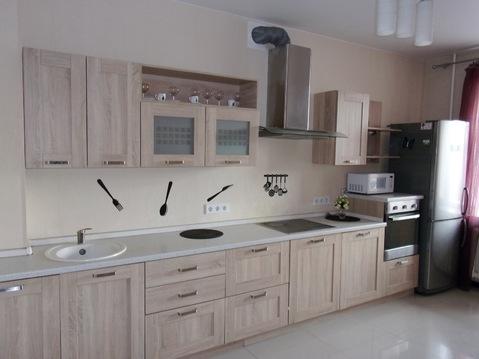 Продаётся 2-комнатная квартира с ремонтом в новом кирпичном доме - Фото 1