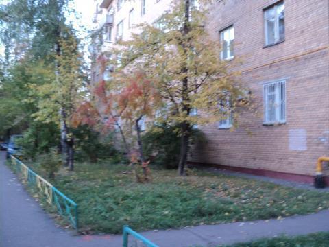 Продажа 3 к. кв. в 10 минутах пешком от ст. метро Новогиреево - Фото 1