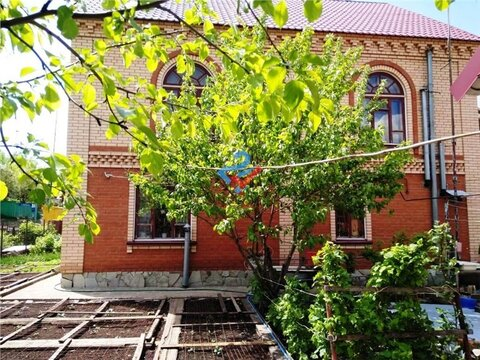 Коттедж в центре г. Уфы, ул. Стерлитамакская, д. 9, 204 кв.м. - Фото 1