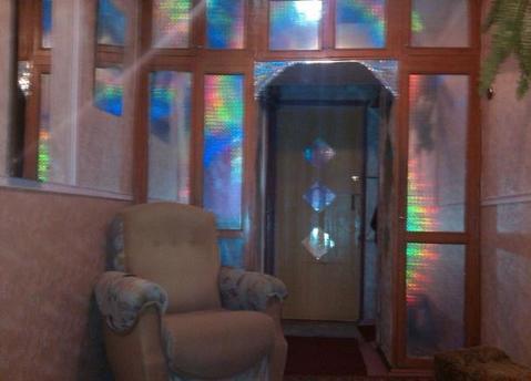 7 000 Руб., Сдаётся комната в малонаселённой квартире.Комната чистая, уютная. Окно ., Аренда комнат в Ярославле, ID объекта - 700652007 - Фото 1