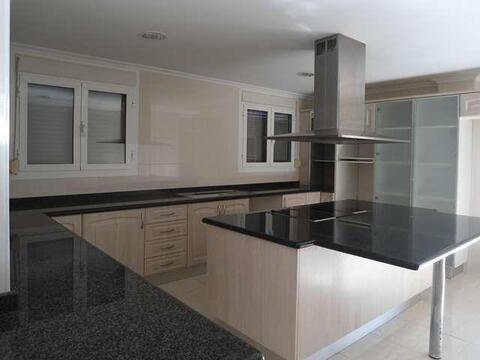 Продажа дома, Валенсия, Валенсия, Продажа домов и коттеджей Валенсия, Испания, ID объекта - 501791090 - Фото 1