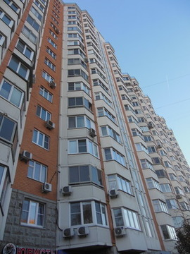 1-но комнатная квартира Артековская дом 1 - Фото 1