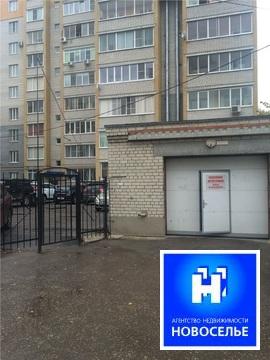 Продаю паркинг в цоколе по ул. Есенина, д. 65 к.1 - Фото 1