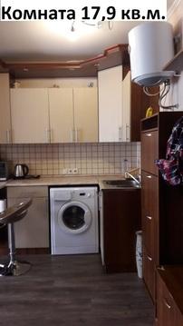 Отдельная комната с водой в кирпичном доме. - Фото 3