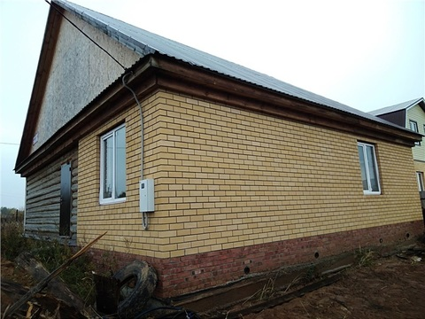 Дом 110 м, п.Залесный Кировский район, 6,2 сот. - Фото 1