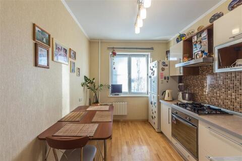 Продается 3-к квартира (улучшенная) по адресу г. Липецк, ул. . - Фото 1