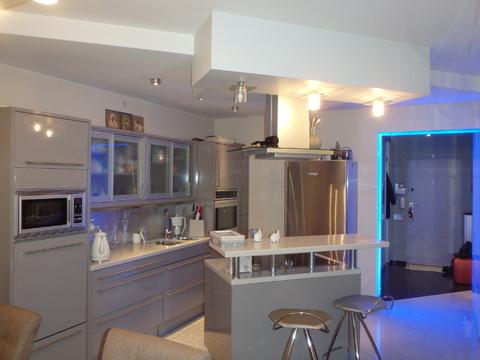 2-х комнатная квартира с великолепной дизайнерской отделкой - Фото 4