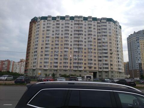 Сдается 1 к.кв. в Приморском районе, Богатырский проспект, д.52к1 - Фото 1