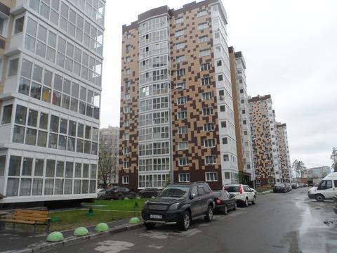 1-комнатная квартира Солнечногорский р-н, д.Голубое, Мелодия леса, д.4 - Фото 1