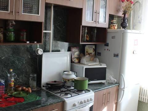 Продажа двухкомнатной квартиры на улице Аксенова, 12 в Обнинске, Купить квартиру в Обнинске по недорогой цене, ID объекта - 319812424 - Фото 1