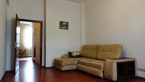 Срочно продаю 4 ком. квартиру в Академическом районе с евроремонтом - Фото 1
