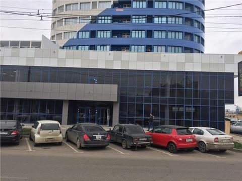 Аренда торгового помещения, Краснодар, Кубанская Набережная улица - Фото 1