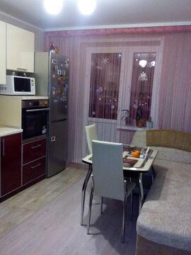 Сдается квартира улица Кузбасской Дивизии, 36 - Фото 1
