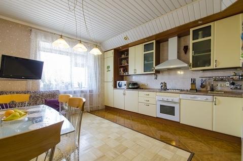 4-комнатная квартира 140 кв.м. 7/9 кирп. на ул. Маршала Чуйкова, д.65 - Фото 1