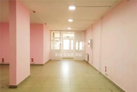 В Дзержинском районе на первом этаже, псн 80 кв.м. (ном. объекта: 32) - Фото 1